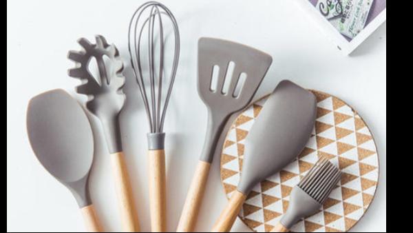 硅胶厨具类型丰富,有哪些优势?